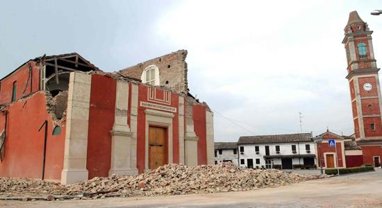 Terremoto: Sileoni (Fabi), banche intervengano nella ricostruzione (da ASCA via YAHOO.com, venerdì 25 maggio 2012)
