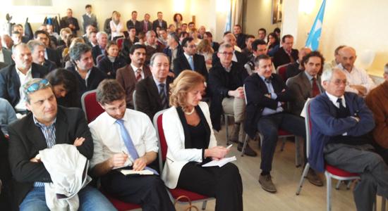 In permesso sindacale, pedinata e controllata (Il Mattino-Salerno, martedì 16 aprile 2013)